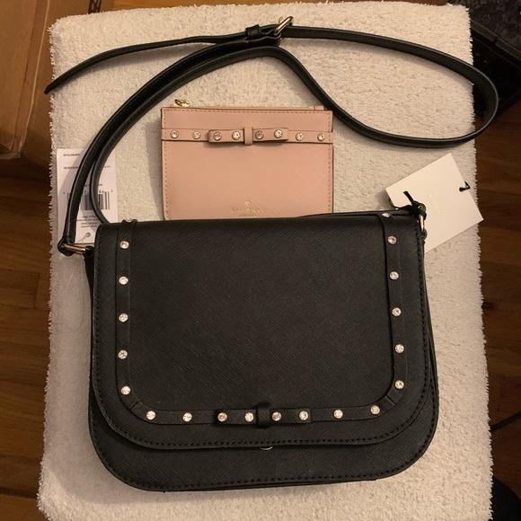 kate spade Handbags - Kate Spade Large Carsen Crossbody Set